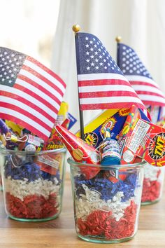 """It's almost America's birthday week! We celebrate birthday """"weeks"""" in our house, so I guess we'll do the same for our good ol' USA! She's good to us, so we'll be good to her. Shoot, now I'm thinking I need to schedule a beach clean-up day or something! Anyway, if you're hosting a 4th of...readmore"""