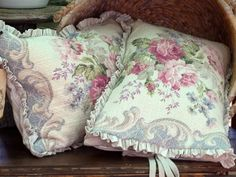 Vintage 1930s Floral English Roses