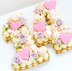 birthday party ideas for girls Sweet Cakes, Cute Cakes, Pretty Cakes, Bolo Nacked, Soirée Pyjama Party, Cake Cookies, Cupcake Cakes, Bolo Paris, Alphabet Cake