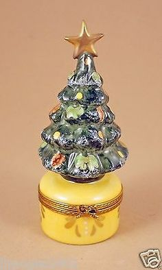 LIMOGES BOX CHRISTMAS TREE WITH GOLD STAR & BOW.