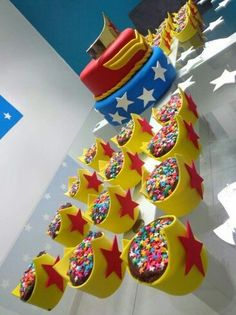 Wonder Woman Birthday, Wonder Woman Party, Girl Birthday, Birthday Parties, Girl Superhero Party, Superhero Baby Shower, Anniversaire Wonder Woman, Candy Party, Birthday Decorations