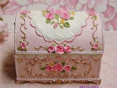 Shabby Chic Boxes, Shabby Chic Crafts, Shabby Chic Decor, Decoupage Art, Decoupage Vintage, Boxes And Bows, Art Impressions Stamps, Diy Gift Box, Pretty Box