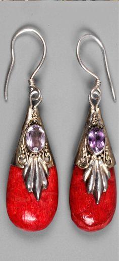 Paar Ohrhänger Art déco  1930er Jahre, Silber gestempelt 925, besetzt mit Koralle und Amethyst, L 5 cm, G ca. 5,3 g. Art Deco, Drop Earrings, Jewelry, Fashion, Stamping Up, Couple, Silver, Moda, Jewels