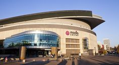 Get lost in the beauty of moda center concerts. Nba Arenas, Moda Center, Portland, Places Ive Been, Oregon, Mansions, Temples, House Styles, Concerts