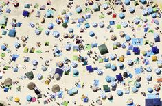 Zenithal view of a crowded beach of gente in Shirahama, Japan.
