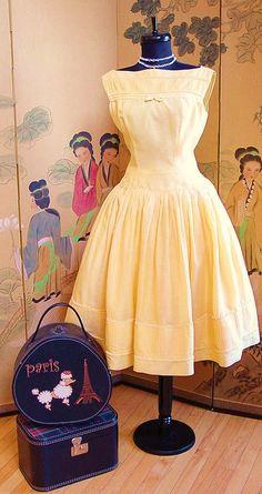 Vintage 50's Sunny Yellow Sleeveless Cotton Day Dress