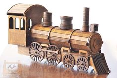 Train, holder for wine bottles - Digital files Laser Cutting Machine, Laser Machine, Woodworking Jigs, Woodworking Projects, Train Drawing, Wooden Toy Cars, Old Steam Train, Wood Craft Patterns, Trains