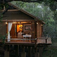"""stylish-homes: """" Cozy room among the treetops at the Tongabezi Lodge, located on the banks of the Zambezi River in Zambia. Keep reading """" Cabins In The Woods, House In The Woods, Cabin Homes, Log Homes, Forest House, Cabins And Cottages, Cozy Room, In The Tree, Interior And Exterior"""