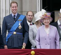 HRH Prince William and HM Queen Elizabeth II stand on the balcony of Buckingham Palace to watch the fly-past as they attend the annual Trooping the Colour ceremony on June 2010 in London, England. Get premium, high resolution news photos at Getty Images Duchess Of York, Duke And Duchess, English Royal Family, British Family, Hm The Queen, Thing 1, Queen Mother, George Vi, Princess Kate