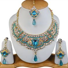 Gold Tone Rhinestone Stunning & Sexy Turquoise Necklace Jewellery Set S024