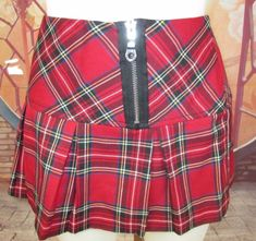 c537114433 I. L. U. Mini Skirt Tartan Plaid Pleated Red Black Goth Rock Lolita Size L   ILU