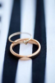 Alianças de casamento com coração um sonho