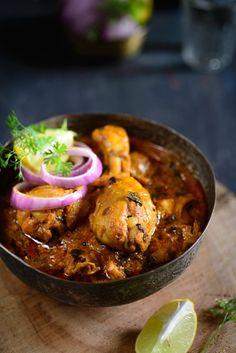 Methi Murg / Fenugreek Chicken :http://www.whiskaffair.com/2015/04/methi-murg-fenugreek-chicken.html