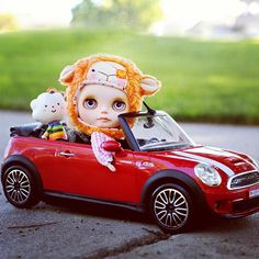 .@akka_blythe | #blythe #custom #doll #missrainbow #lalatroop #thefuture #car | Webstagram - the best Instagram viewer