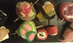 Små sushi bidder Made by Simone