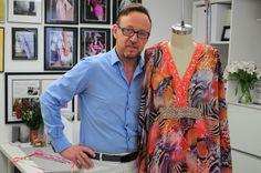 Samy Gicherman con su colección de Túnicas con sus telas estampadas ha hecho de esta pieza un atuendo con mucho glamour. Miami.