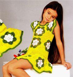 crochelinhasagulhas: Vestido amarelo e verde em crochê para menina