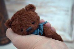 Little Lucky By Zarina Madi - Bear Pile