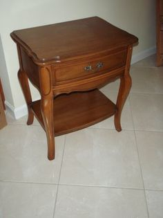 Perfect Small Wood End Table   $35 (union County) Date: 2012 07