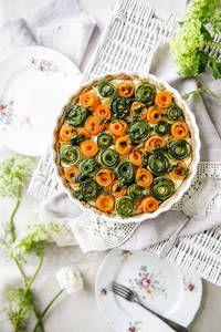 Feta-kasvispiirakka | K-Ruoka Something Sweet, Sweet And Salty, Feta, Decorative Plates, Baking, Tableware, Recipes, Kitchen, Dinnerware