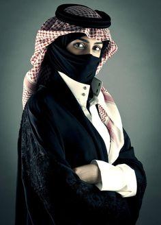 """Saudi - bientôt j'espère que les femmes du Golfe auront la liberté et les droits de la """"femme"""" droits de l'homme..."""