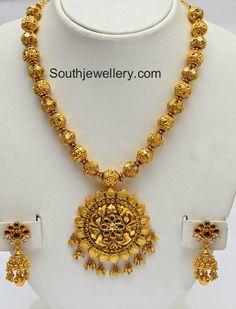 Gundla Mala with Pendant ~ Latest Jewellery Designs Gold Jewellery Design, Gold Jewelry, Antique Jewellery, Gold Necklaces, Trendy Jewelry, Jewelry Model, Designer Jewelry, Jewelry Shop, Latest Jewellery