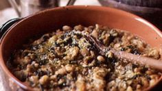 This hearty but brothy soup is one of Tuscany& most famous bean dishes; reheated the next day, it becomes a deeply flavorful, almost porridge-y stew. Bean Soup Recipes, Vegetarian Recipes, Cooking Recipes, Cranberry Beans, Tuscan Bean Soup, Bread Soup, Dried Beans, Dried Cranberries, Fresh Herbs