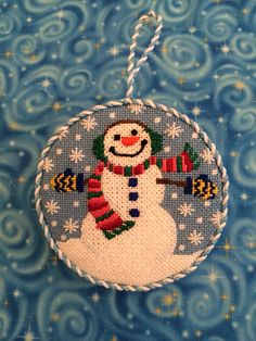 Gusseted snowman ornament