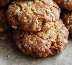 This Big Oatmeal Cookies Recipe is sweetened with honey and spiked with ginger.