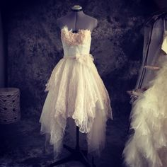 Perfect vintage fairy wedding dress-lace and tulle short wedding dress-ready to wear-one of a kind-size XS by TingBridal on Etsy