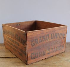 GRAND UNION TEA CO. Wood Box, USA, c.1930s