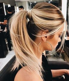 28 Easy Hairstyles Will Make You Look Awesome - #hairstyle #hairstyles Easy ponytail hairstyle