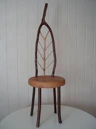 stoel natuurlijk gevormd rondhout met bast