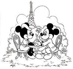 Mickey y  Minnie cenando, muy románticos, en Paris
