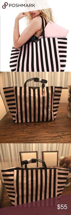 Victoria's Secret bag New with tags, super cute. Bag only PINK Victoria's Secret Bags