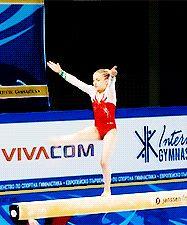 Can this leap please become a thing? Pleeeease? (gif of Elizabet Vasileva)