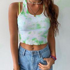 Summer Crop Tops, Cute Crop Tops, Cute Summer Tops, Summer Vest, Outfit Summer, Crop Top Outfits, Mode Outfits, Girl Outfits, Vest Outfits