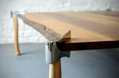 Axes as table legs for a rustic table - brilliant woodworking idea! I would want to use vintage/worn axes. Industrial Furniture, Wood Furniture, Furniture Design, Woodworking Plans, Woodworking Projects, Woodworking Shop, Got Wood, Wood Table, Dining Table
