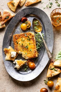 You Have Meals Poisoning More Normally Than You're Thinking That This Pan-Fried Feta With Peppered Honey, The Perfect Easy Appetizer Loved By All. Salty Feta Cheese, Coated In Panko And Pan-Fried To Golden Perfection Vegetarian Recipes, Cooking Recipes, Healthy Recipes, Skillet Recipes, Healthy Food, Half Baked Harvest, Clean Eating Snacks, Summer Recipes, Appetizer Recipes