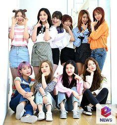 Nayoung, Eunwoo, Roa, Yuha, Yehana