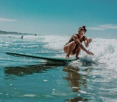 Barbados Surfing conditions are ideal for any level of surfer. Barbados is almost guaranteed to have surf somewhere on any given day of the year. No Wave, Surfer Girls, Summer Feeling, Summer Vibes, Summer Surf, Pink Summer, Photo Surf, Surf Mar, Roxy Surf