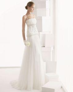 O plissado dá movimento e estiliza e sua figura | Vestidos de Noivas