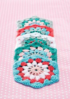 Gorgeous Hexagon Granny Square - Free pattern download (log-in required)