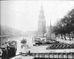 De Oude Schans met de Montelbaanstoren en met rechts de Kalkmarkt omstreeks 1898