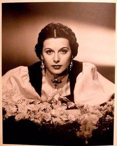 portrait30s87236 - Hedy Lamarr