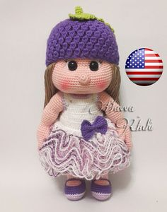 This is a DOWNLOADABLE PATTERN. Written in English using US terminology. Size: about 32 cm The dress, hat and shoes are removable. Pattern is very