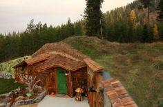a hobbit house in Montana $245 a night - bargain