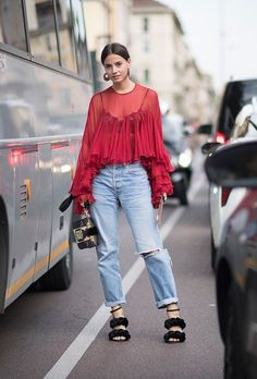 Photo via: Stylecaster Sometimes you come across a street style look you just can't get out of your head, and for good reason. This babe was photographed at Milan Fashion Week wearing an incredible re