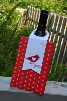 Polly kreativ: Anhänglich... - Flaschenanhänger mit der Vogelstanze