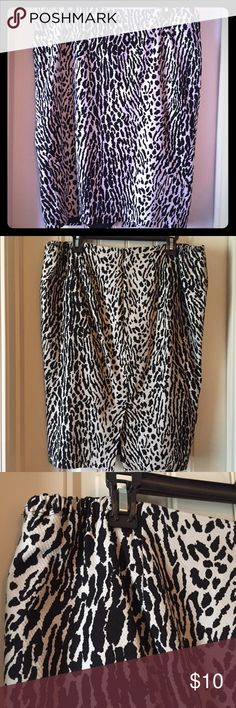 Leopard pencil skirt Talbots size 16W leopard pencil skirt.  Has elastic sides for comfort.  Beige and black classic sexy leopard print. Talbots Skirts Pencil
